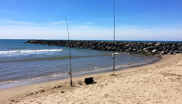 pêche en mer, séjour camping bord de mer à vias, mer peu profonde