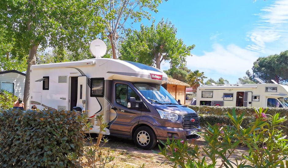 stop accueil camping-car pour une étape à vias