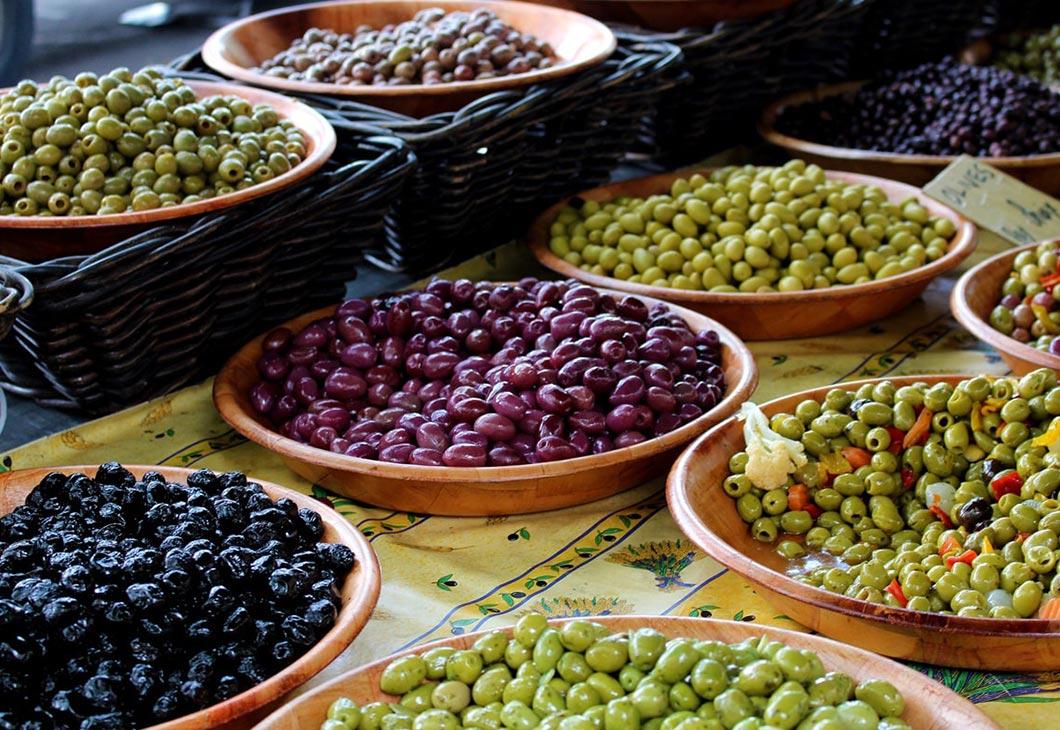 Sète, Pézenas, Vias, spécialités culinaires Languedoc, marchés
