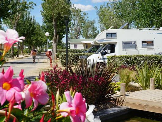 Camperplaats niet duur één nacht open in de zomer, camping sainte Cécile in Vias plage
