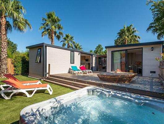 Luxus-Mobilheimvermietung auf einem 4-Sterne-Campingplatz in Südfrankreich.