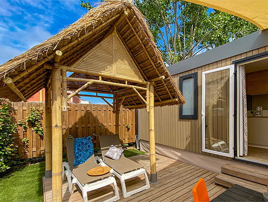 large cottage for large families with 3 bedrooms and two bathrooms in Vias Plage