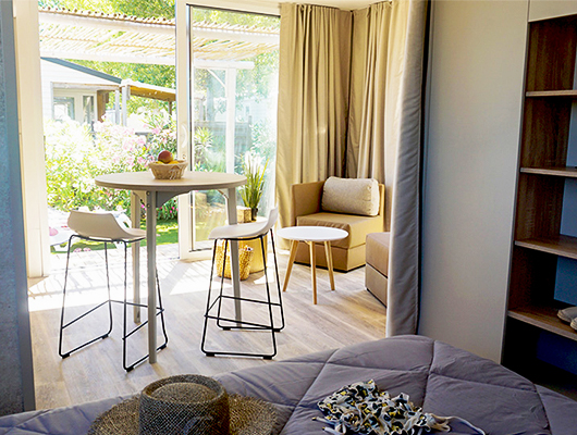 Header photo: studio style cottage, holiday rental, for two people at camping Sainte Cécile Vias Plage